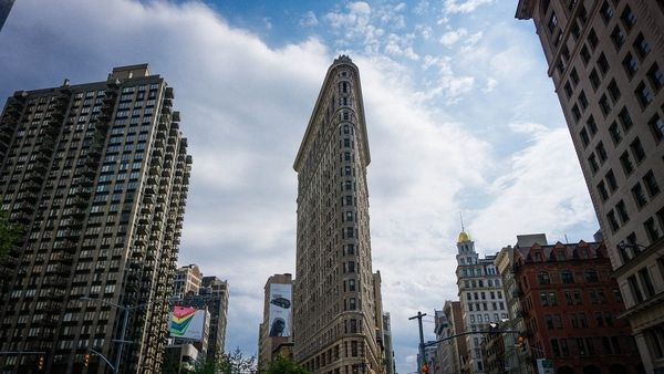 New York's flatiron building is at the center of Silicon Alley