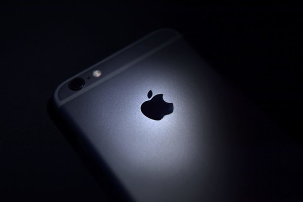 spyware on apple iphones