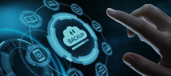 difference between backup and disaster recovery