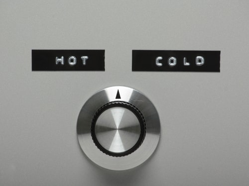 hot and cold aisle in data center