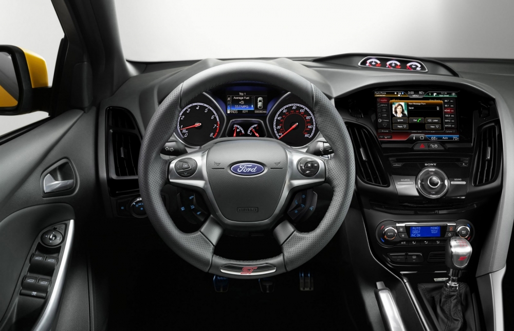 ford focus st interior