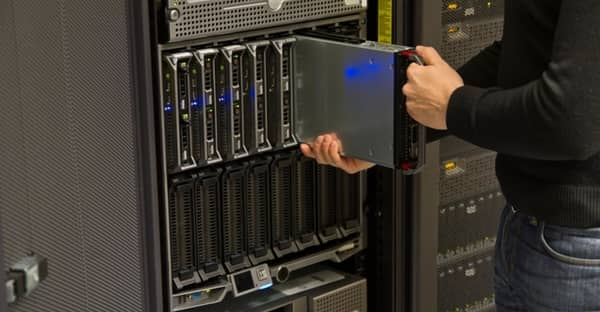 why your business needs a dedicated server